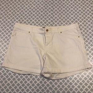 Mossimo Jean shorts.